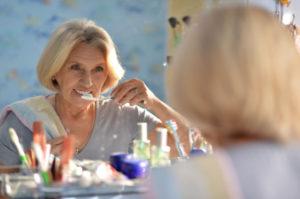 igiene orale anziani
